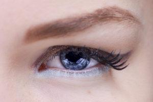 trucos_para_maquillarse_los_ojos_de_10_formas_diferentes_93639803_1200x